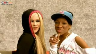 Girlfriend - Avril Lavigne; Lil Mama