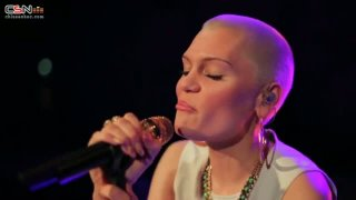Wild (Acoustic Version) - Jessie J