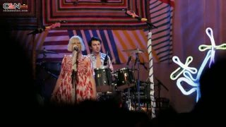 Clap Your Hands (Live At London Roundhouse) - Sia