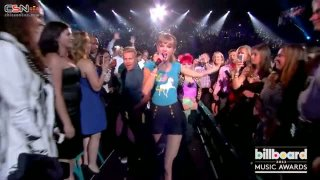 22 (Billboard Music Awards 2013) - Taylor Swift