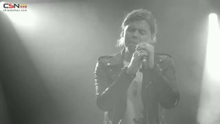 Hold Me Up (Live) - Conrad Sewell