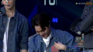 Call Me Baby; Love Me Right (Top Chinese Music Live) - EXO