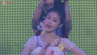Soap Bubbles (2013 Treasure Box Japan Tour In Budokan Live) - Boram; Qri