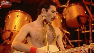 Crazy Little Thing Called Love (Live) - Queen