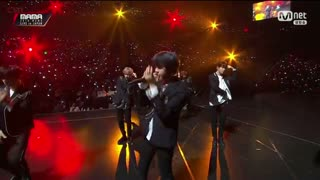 Overdose; Growl (2018 MAMA Fans' Choice In Japan Live) - Stray Kids