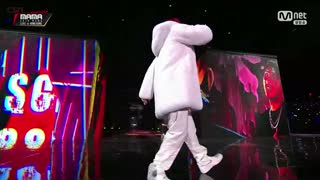 Wu; Bulldozer (2018 MAMA In HongKong Live) - Nafla; Swings