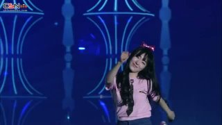 Stay Girls (2nd Japan Tour Concert) - SNSD
